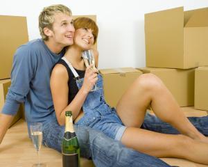 Efectele Prima Casa: Scade pretul la garsoniere, creste la apartamentele cu doua camere