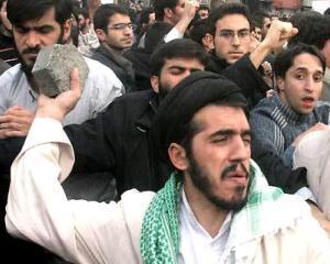 Iranul incepe sa fiarba