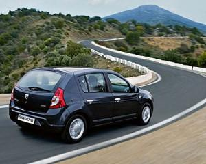Dacia se vinde pe Facebook