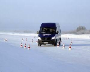 Mercedes a castigat Arctic Van Test 2012