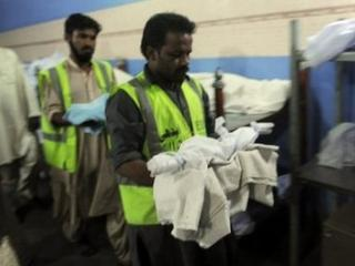 Pakistan: peste 1.000 de nou-nascuti au fost ucisi sau abandonati in 2010