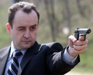 Pedelistul Paduraru catre Basescu: In jurul dvs. foarte greu creste si iarba