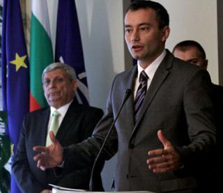 Unii vorbesc, altii fac. Bulgaria  va fi gata pentru Schengen pana in martie