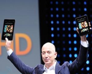 Fericirea celor de la Amazon a avut chipul Kindle Fire de Cyber Monday