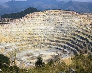 Statul si-ar putea pierde actiunile la Rosia Montana Gold Corporation
