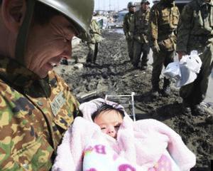 CUTREMUR JAPONIA 2011: 3 salvari spectaculoase in mijlocul dezastrului