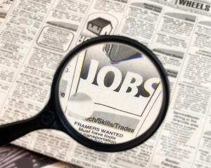 Loc de munca, astept angajat: 9.500 de joburi disponibile in intervalul 19 - 26 aprilie