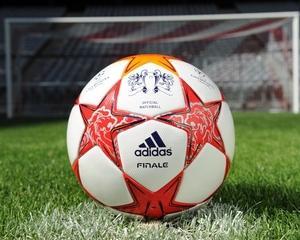 Adidas a pregatit mingea finalei UEFA Champions League