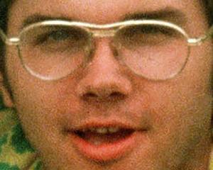 Ucigasul lui John Lennon vrea sa fie eliberat