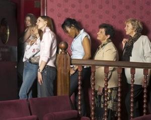 Retelele de socializare, vinovate pentru cozile interminabile de la toaleta