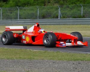 News Corp vrea sa cumpere Formula 1