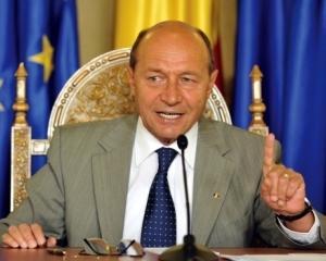 Basescu: Cred ca perioada de criza se va intinde pe doi, trei sau patru ani