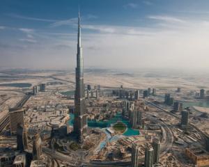 Peste 20 de etaje libere in Burj Khalifa, cea mai inalta cladire din lume
