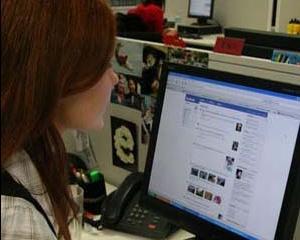 STUDIU: 52% din managerii din Romania ignora retelele sociale