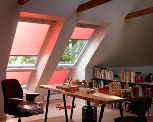 VELUX: Rulouri parasolare cadou pentru fiecare fereastra de mansarda