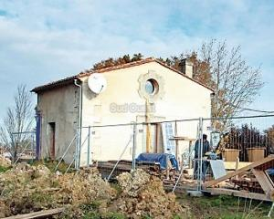 FRANTA: Monument din secolul XVIII distrus din greseala