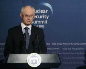 Un grup de hackeri a furat emailuri din contul lui Herman Van Rompuy, presedintele Consiliului European