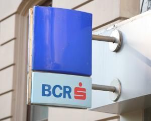 Moody's, cu ochii pe ratingurile BCR si Raiffeisen Bank