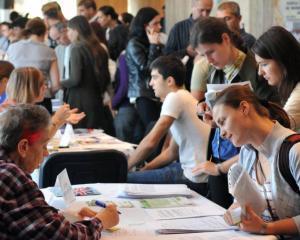 Week-end activ pentru cine isi cauta loc de munca: targ de joburi la Sala Palatului