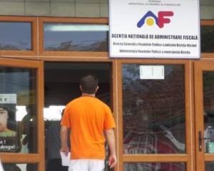 Ministerul Finantelor si ANAF isi reduc posturile cu 180, respectiv 150 de posturi