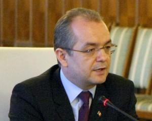 Premierul Emil Boc crede ca este cel mai bun moment pentru a investi in Romania