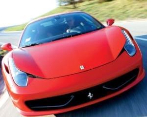 Ferrari 458 Italia, Masina Anului pe coperta revistei