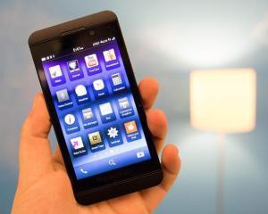 Cine este designerul noilor modele BlackBerry