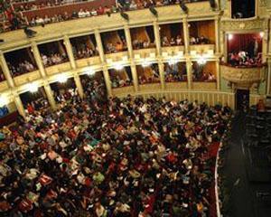 Soprana Fiorenza Cedolins, pe scena Operei Nationale Bucuresti