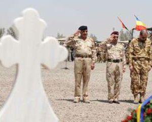 Inca un militar roman mort in Afganistan