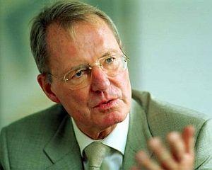 ANALIZA: Economistul Hans-Olaf Henkel propune o solutie radicala pentru salvarea Europei. In ce masura ar avea succes?
