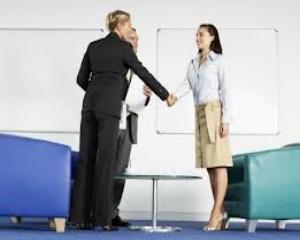 4 intrebari pe care sa le pui atunci cand esti intervievat pentru un job
