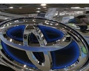 Toyota si alti trei producatori auto japonezi vor rechema in service 3,4 milioane vehicule, din cauza unei probleme la airbag