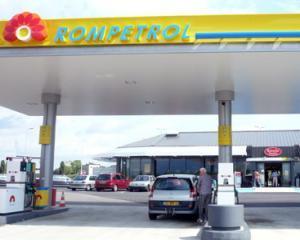 Una calda, una rece: Rompetrol a ieftinit pretul motorinei, dar a scumpit benzina