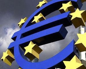 Leul a mai castigat 3,33 de bani in fata euro
