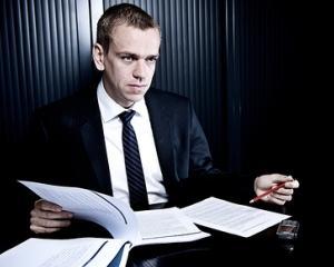 A fost demarata procedura de selectare a consultantilor implicati in activitate de recrutare a managerilor pentru companiile de stat