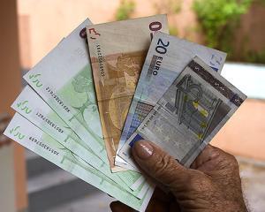 Sanchez (Roubini Global Economics): Creatorii monedei euro stiau ca aceasta prezinta lacune