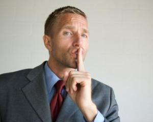 Ce zici, esti spionat de angajatori pe Facebook?