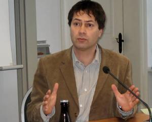 Un europarlamentar ungur face lobby pentru noi: Romania trebuie sa fie prima tinta pentru China in investitii portuare
