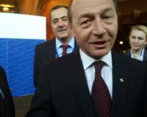 Basescu: Niciun cent din fondurile destinate Romaniei nu va ajunge la Grecia
