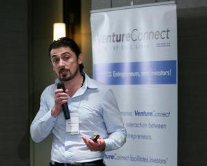12 startup-uri isi prezinta afacerile la editia din 31 mai a VentureConnect