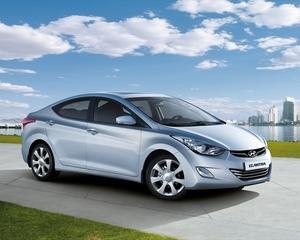 Romania inmatriculeaza autoturisme noi pe banda rulanta