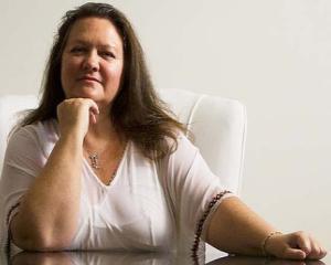 5 motive pentru care oamenii NU o plac pe miliardara Gina Rinehart