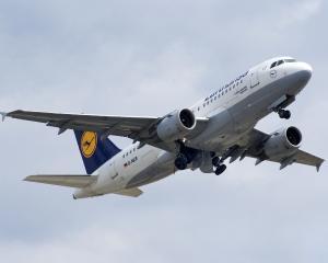 Lufthansa: Preturi mici garantate pentru zborurile catre Berlin