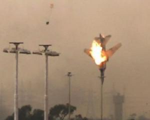 Video: Rebelii din Libia au doborat un avion militar