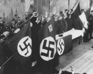 Romania = Germania nazista