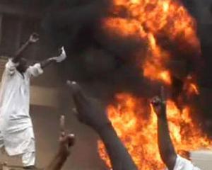 Ambasada Germaniei din Sudan, incendiata de islamisti