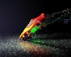 Adidas are gheata de fotbal dotata cu creier