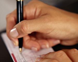 O noua amenda aplicata de ANCOM pentru incalcarea drepturilor furnizorului universal de servicii postale