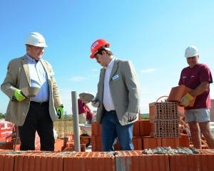 Wienerberger doneaza elemente de zidarie pentru constructia  a 140 de case in cadrul proiectelor Habitat for Humanity Romania