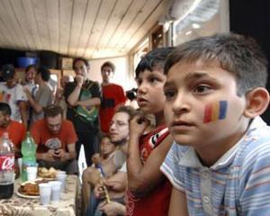 Studiu al Fundatiei SOROS: Doar 35,5% dintre romi aveau un job in 2011
